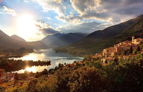Lago di Barrea - Tramonto - Parco Nazionale d'Abruzzo