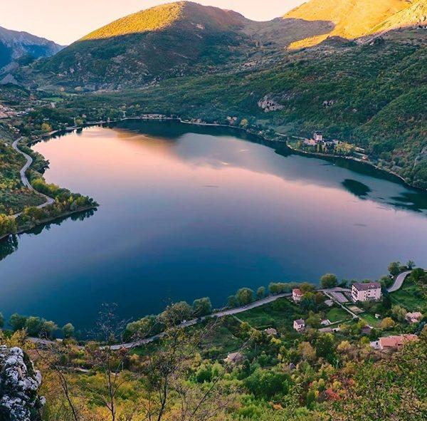 Lago di Scanno - Forma di Cuore