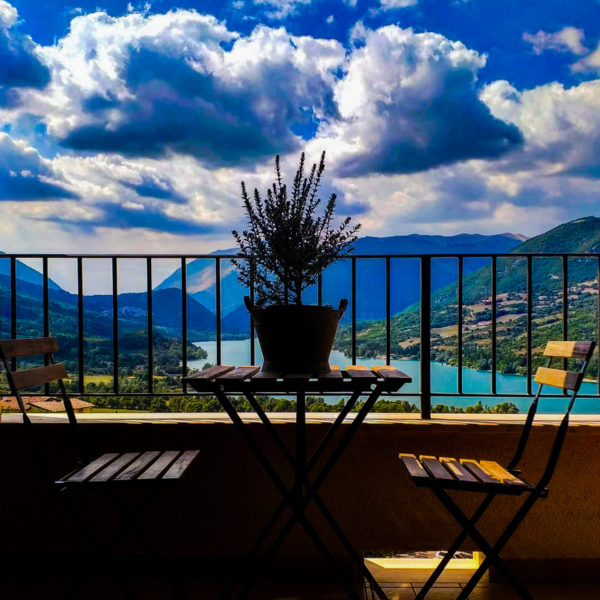 Lago di Barrea - Hotel con vista Lago